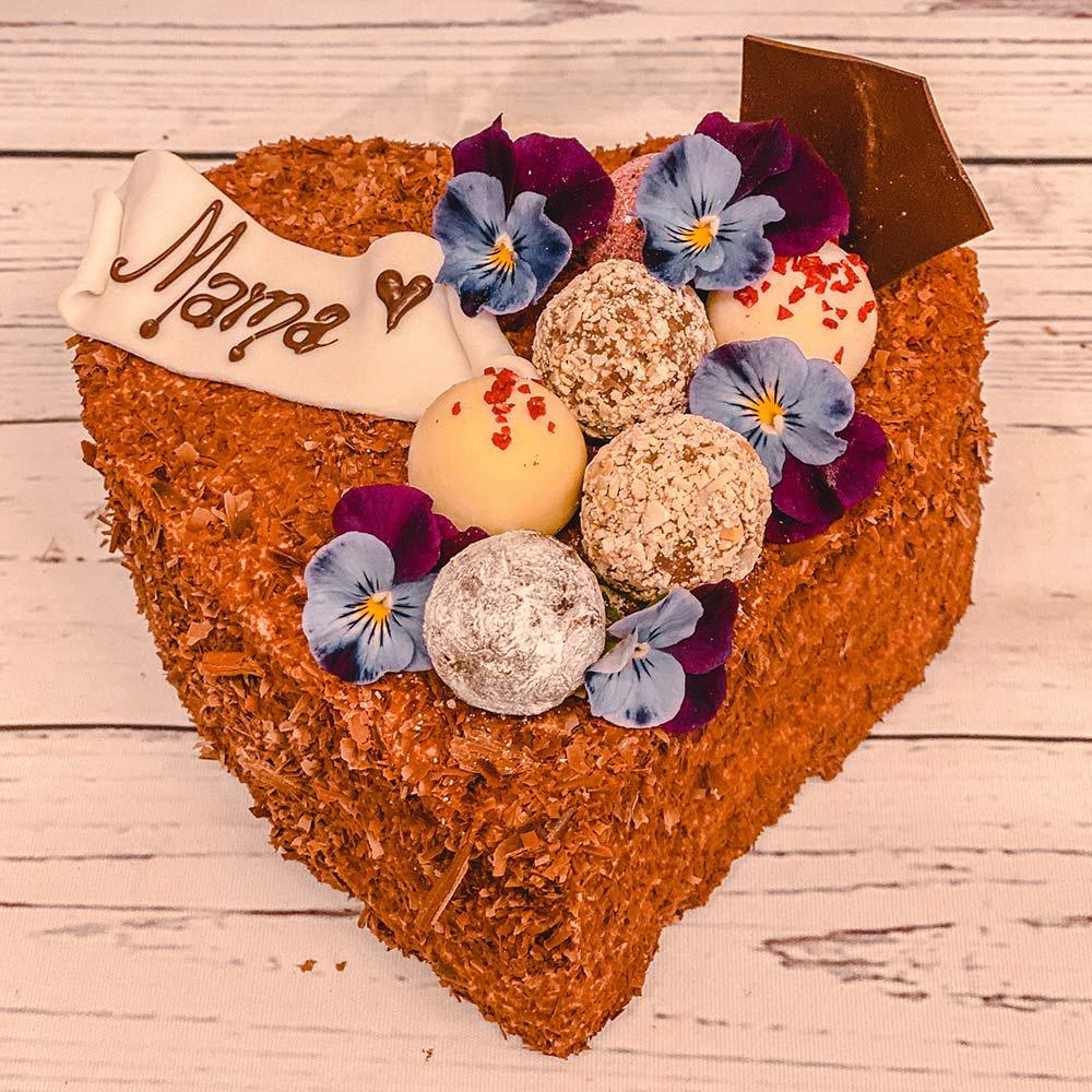 Muttertags Herz Schokoladen Biskuit Konditorei Mandl